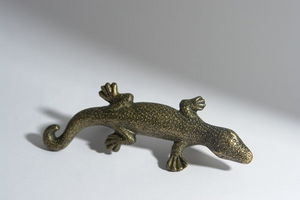 L'Univers de La Poignee - poignée salamandre. a partir 8 euros/pc - Furniture Handle