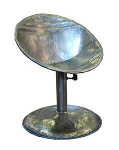 PO! PARIS - fauteuil en métal de récupération - Swivel Armchair