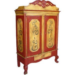 Dos Gallos - guatemalan cabinet - Cabinet