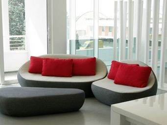 SPHAUS -  - Living Room
