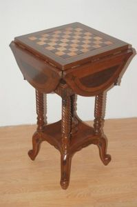 Mobildoc -  - Games Table