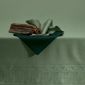 Quagliotti -  - Matching Tablecloth And Napkin Set
