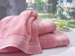 BLANC CERISE - drap de bain corail - coton peigné 600 g/m² - brod - Towel