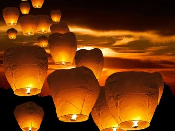 BELIANI - lanterne volante - Outdoor Lantern