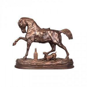 Demeure et Jardin - cheval et chien en bronze - Animal Sculpture
