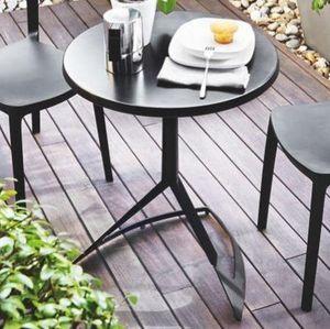 Calligaris - petite table ronde evolve 60x60 noire de calligar - Round Diner Table
