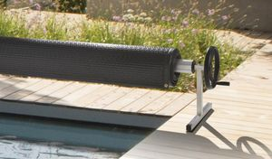 DEL -  - Pool Cover Roller