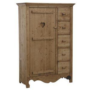 Aubry-Gaspard - armoirette en épicéa ciré miel coeur - Bedroom Wardrobe