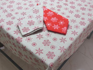 ITI  - Indian Textile Innovation - christmas - Matching Tablecloth And Napkin Set