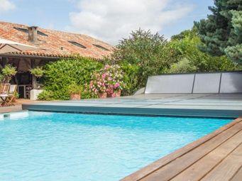 Abrideal -  - Flat Motorised Swimming Pool Shelter
