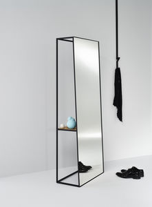 DEKNUDT MIRRORS - chassis xl - Table Mirror