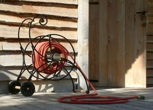 TRADEWINDS - --waterette - Hose Tidy