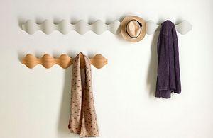 Mobles114 - ..ona - Coat Hook