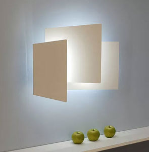 LAHUMIERE DESIGN   - folio - Wall Lamp