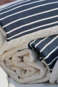 LA MAISON DE MARINE -  - Bath Towel