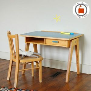 CHAHUT BAHUT -  - Children's Desk