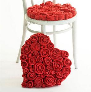 13 RiCrea - muchas rosas - Chair Seat Cover