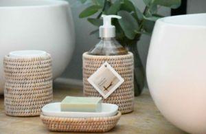 ROTIN ET OSIER - escale rotin blanc cérusé - Soap Dispenser