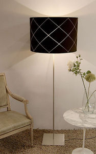 Day Glow Editions - low cut gm - Floor Lamp