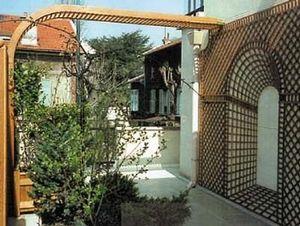 Jardinerie Hermes -  - Decked Terrace