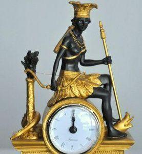 Demeure et Jardin - pendule style empire - Antique Clock