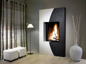 FONDIS®-ETRE DIFFERENT - moon vertical - Closed Fireplace