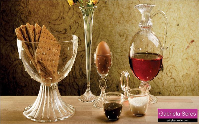 Gabriela Seres Antike Karaffe Flaschen und Karaffen Glaswaren  |