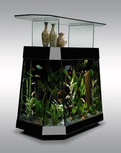 Aquaniman Theke mit Aquarium