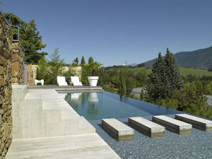 Carre Bleu -  - Traditioneller Schwimmbad