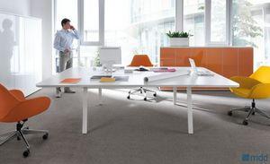 MDD -  - Schreibtisch