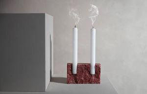 SANNA VÖLKER - -snug - Kerzenständer