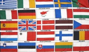 MAISON DES DRAPEAUX - 25 etats européens - Fahne