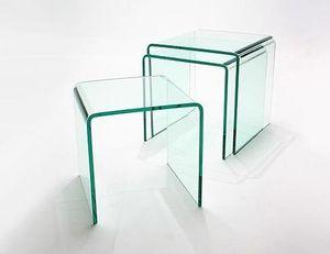 Abode Interiors - nest of 3 glass side tables - Tischsatz