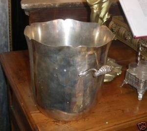 Art & Antiques - seau à champagne en métal argenté signé ercuis - Sektkübel