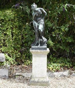 GARDEN ART PLUS -  - Statue