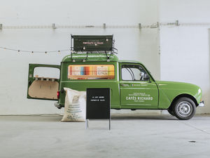 Portraits de villes - café-librairie itinérant - Kaffeemaschine