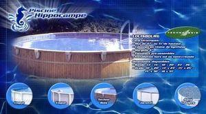 Piscine Hippocampe -   - Pool Mit Holzumrandung