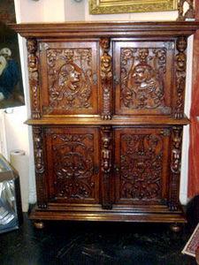Grand Papa Antiquites -  - Kabinettschrank