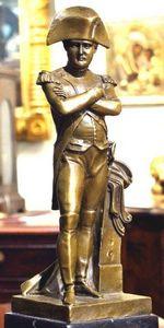 ERNEST JOHNSON ANTIQUES - statuette de napoléon - Kleine Statue