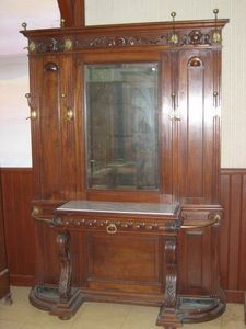 Antiquité-Brocante de la Loire - vestiaire double - Garderobe