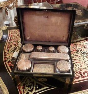 Art & Antiques - coffret de voyage napoléon iii entièrement garni - Reisenecessaire