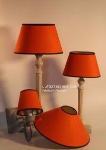 L'ATELIER DES ABAT-JOUR -  - Konischer Lampenschirm