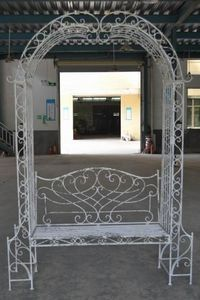 Demeure et Jardin - banc arche en fer forgé patiné blanc antique - Gartengarnitur