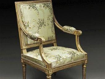 Galerie Wanecq -  - Sessel à La Reine Stil