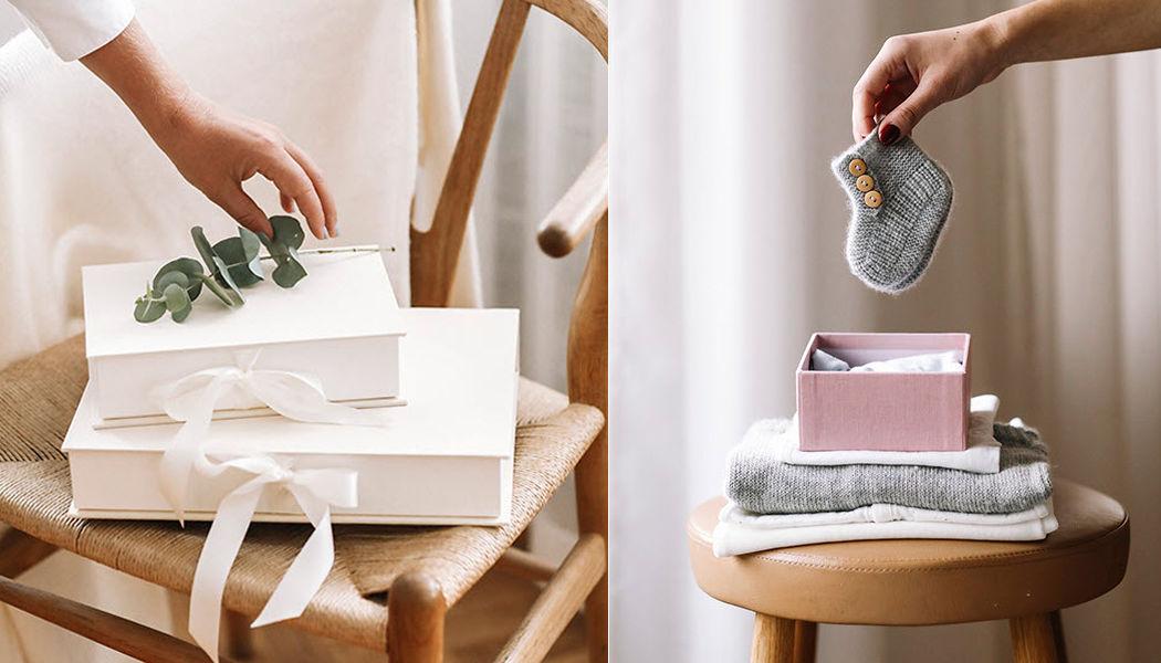 BOOKBINDERS DESIGN Caja Cajas guardarropa Vestidor y Accesorios  |
