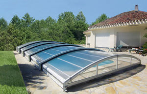 Cobertizo de piscina rodable o telescópico