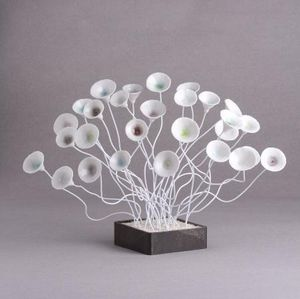 ALEXANDRA HAJEK -  - Escultura