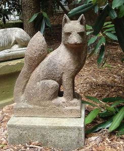 BARBARA ISRAEL GARDEN ANTIQUES - terra-cotta fox - Escultura De Animal