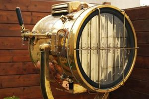 La Timonerie Antiquités marine -  - Foco De Exterior
