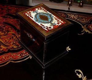 Art & Antiques - petite boite à thé marqueterie boulle - Lata De Té